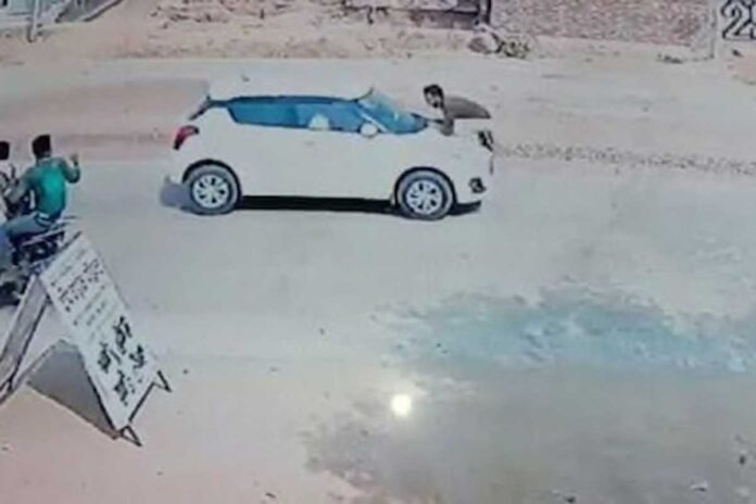UP Aligarh The car made the soldier run on the bonnet for 500 meters in public