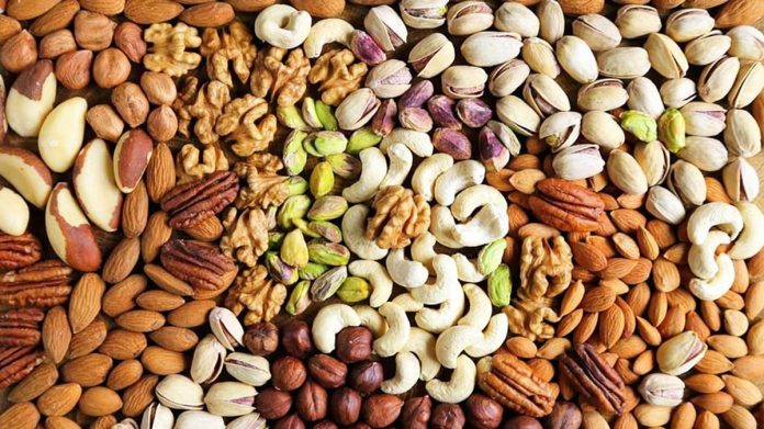 In order to keep the body healthy in winter eat these dry fruits