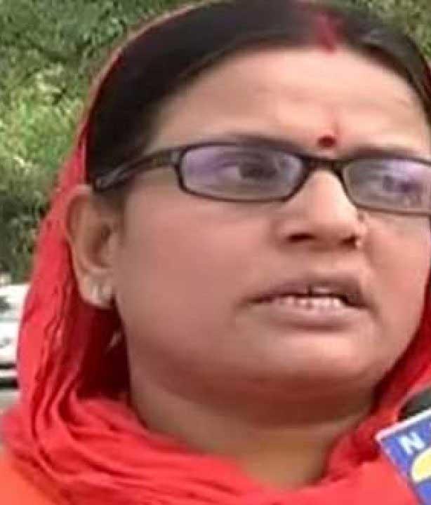 Case filed against Ragini Tiwari threatened farmers on social media