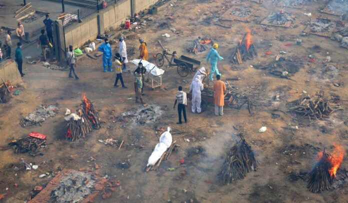 Lack of space for cremation in Delhi by Covid-19 deaths