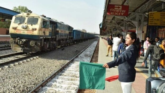 1952 employees die so far from Covid 1000 infected daily Railways