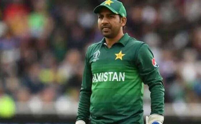 PSL 6 Former Pakistan captain Sarfraz Ahmed 10 others banned from commercial flights to Abu Dhabi