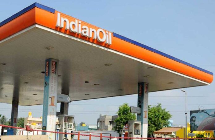 Petrol-Diesel prices went up by 25 paise on Tuesday Touched new heights