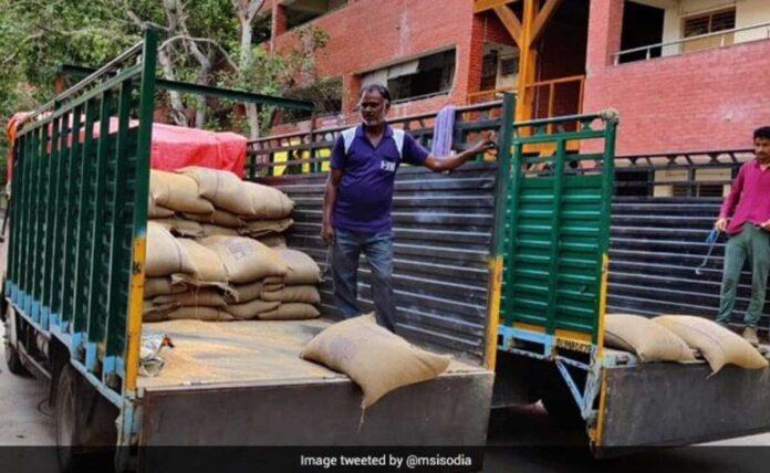 Centre stops Delhi's Ration Home Delivery scheme
