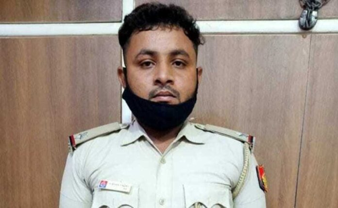 Civil defence personnel arrested while roaming as a sub-inspector of Delhi Police
