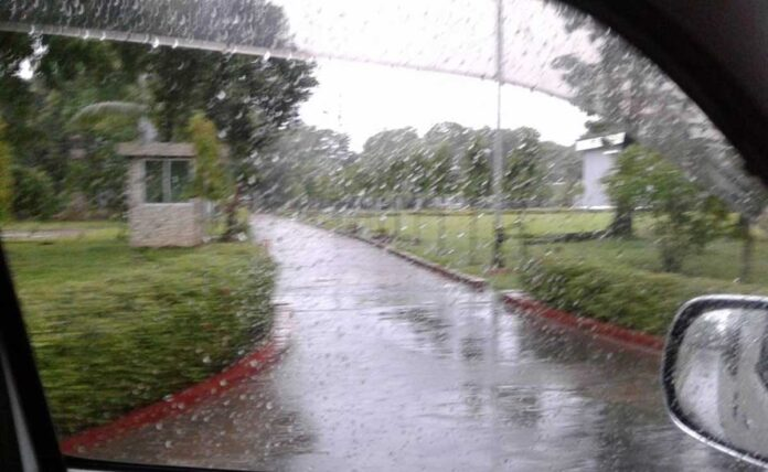 Rain in Delhi gives relief from heat chances of rain on Friday IMD