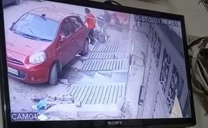 Caught in CCTV, bag with woman's mutilated body, thrown into drain