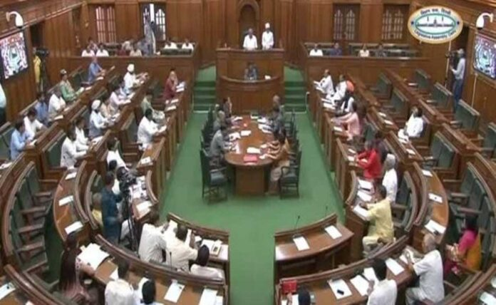 BJP MLA suspended from Delhi Assembly for next session