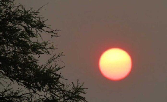 Delhi maximum temperature was recorded at 39.8 degree Celsius on Sunday