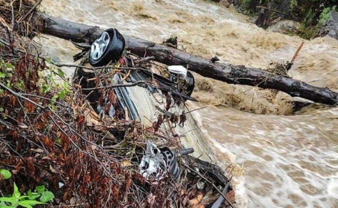 Heavy rains in Himachal Pradesh, 8 killed, 7 missing in floods