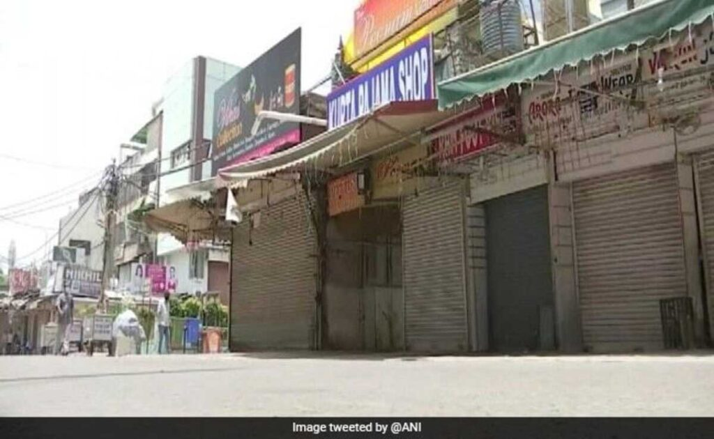 Delhi's famous Lajpat Nagar Central Market closed for violating Covid rules