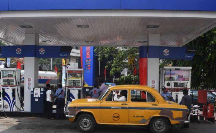 Trinamool targets PM Modi after petrol price crosses Rs 100 in Kolkata