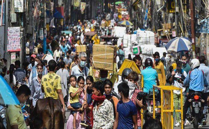 Delhi's famous Sadar Bazar partially closed on COVID Violation