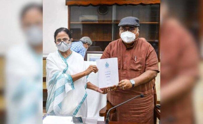 West Bengal Minister flags differences with Centre on economic revival