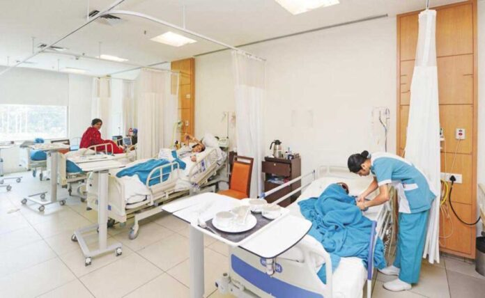 28,204 daily COVID cases lowest in 5 months in India