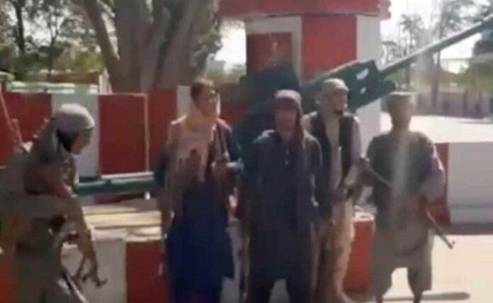 Taliban seize Kandahar, another major Afghan city