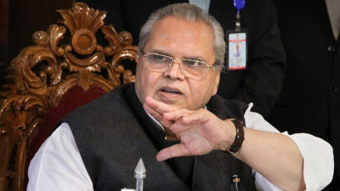 Satya Pal Malik slams Haryana CM over farmers' protest