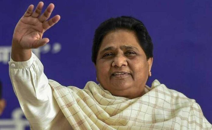 Mayawati slams UP government over poor condition of roads