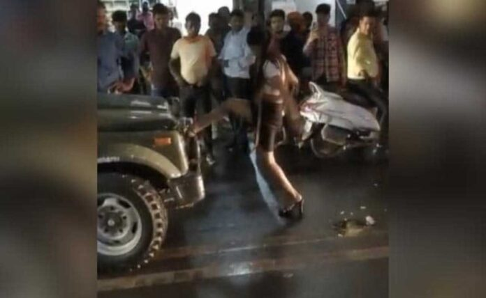 allegedly drunk Delhi Model, blocks army vehicle