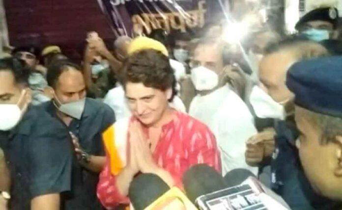 Lakhimpur Kheri: Rahul Gandhi Priyanka leave Sitapur to meet farmers