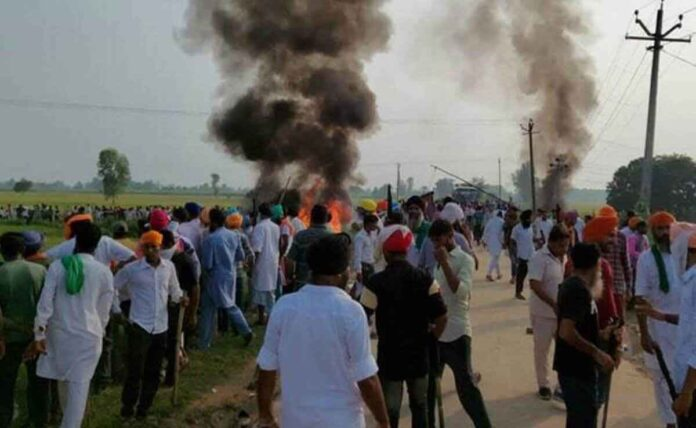 Lakhimpur Kheri violence, Families of 3 farmers flee, agree to cremation