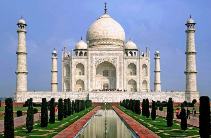 """Taj Mahal A message: """"Pure love is the soul of life"""""""